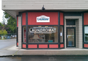 Photograph of Sechelt Coin Laundry