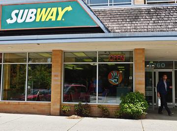 Photograph of Sechelt Subway Restaurant